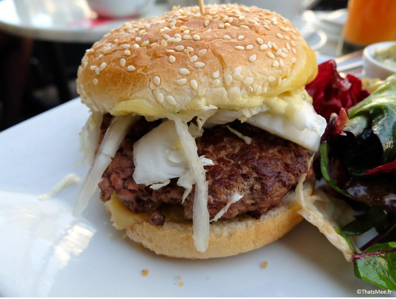 burger au comté brunch Le Beaumarchais Paris Bastille café restaurant