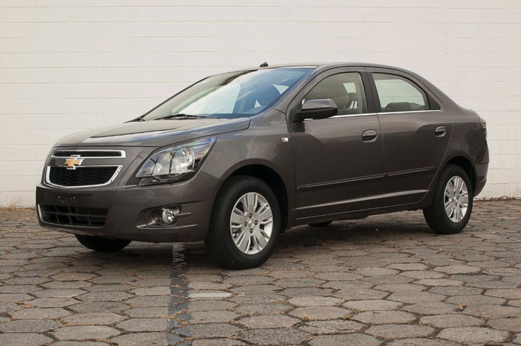 auto Chevrolet Cobalt 2014