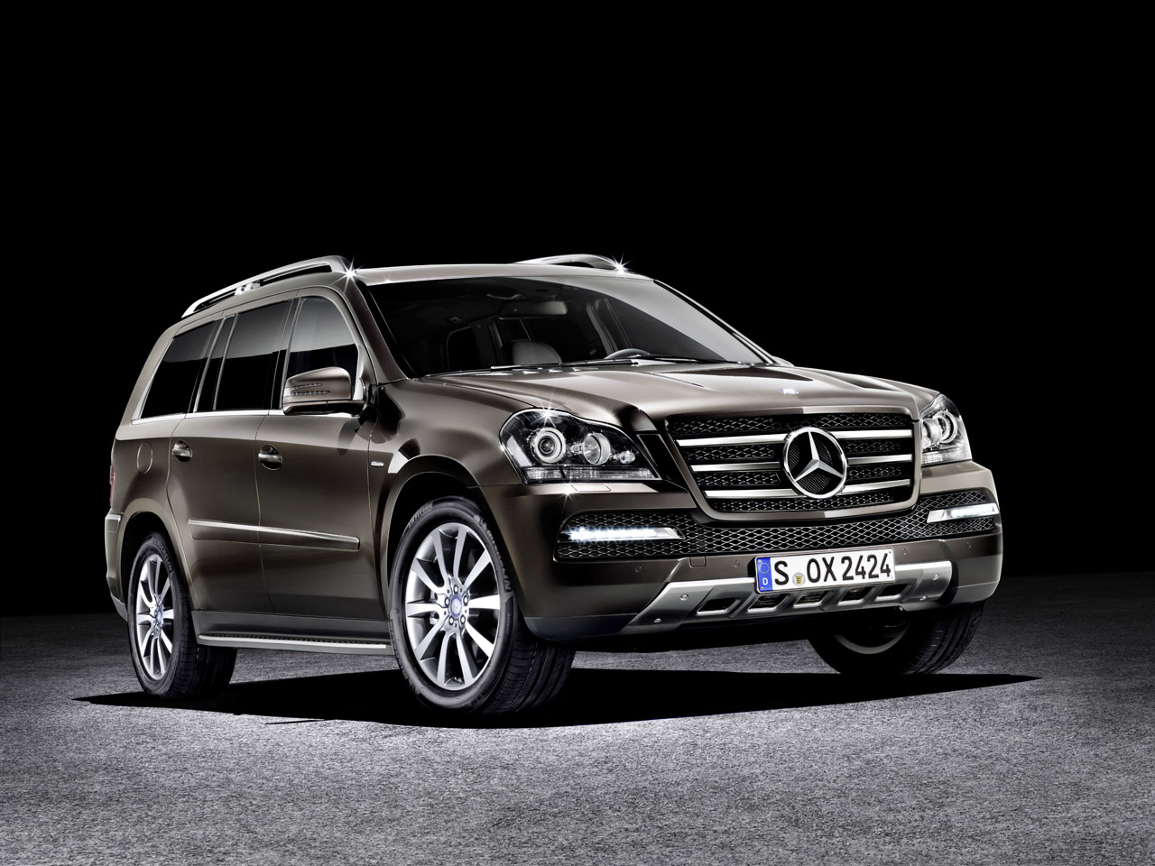 mercedes benz gl class 350 cdi 4matic gallery car hd wallpapers prices review. Black Bedroom Furniture Sets. Home Design Ideas