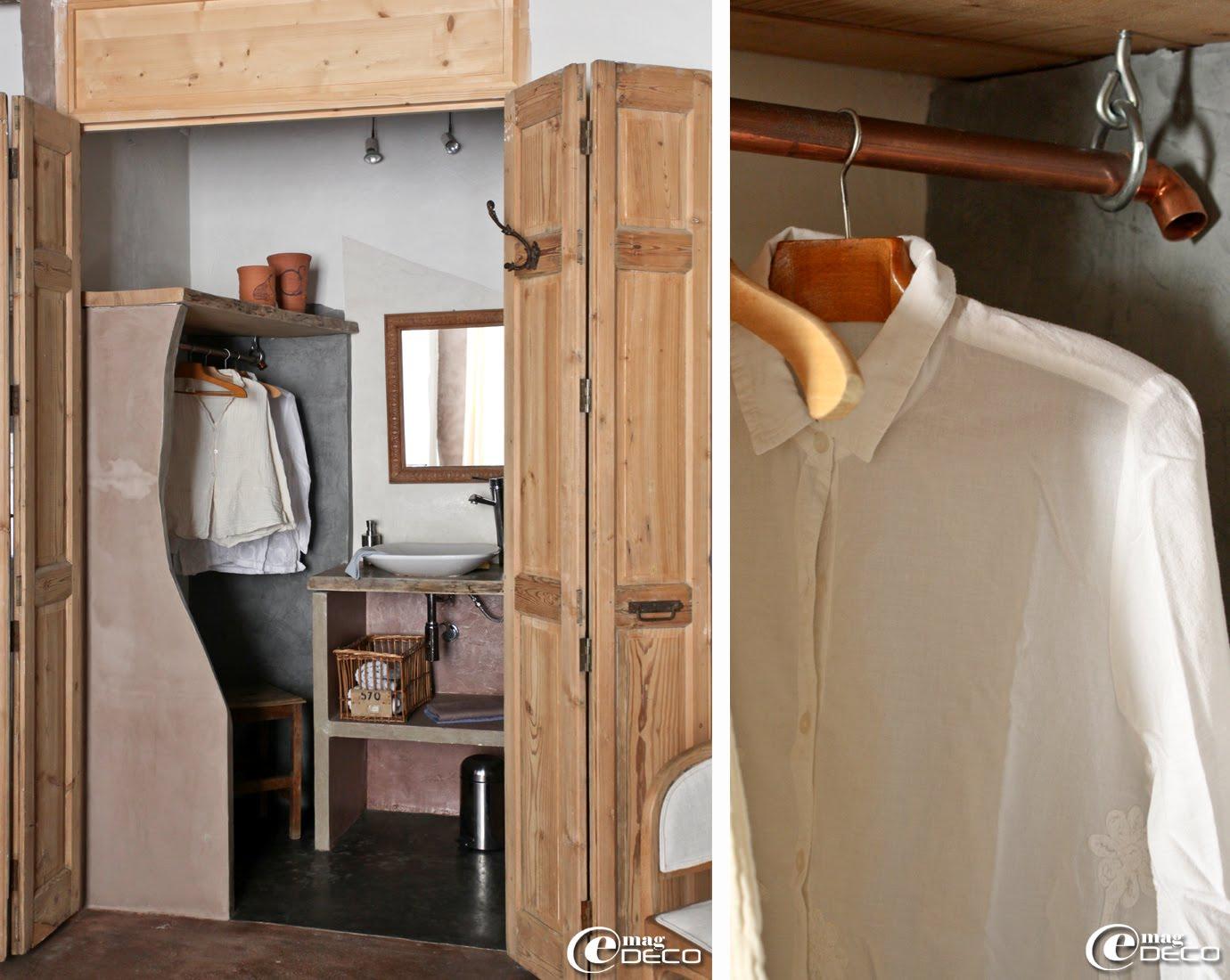 Penderie et meuble de lavabo en béton ciré conçus par Esprit d'Uzès