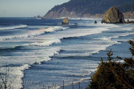 pacific ocean water  This vast country stretches from