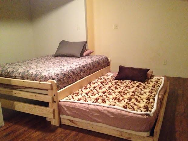 DIY Trundle Bed Plans