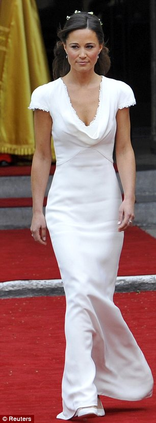 Kate middleton 39 s wedding dress kate middleton 39 s for Wedding dress like pippa middleton