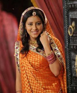 Pratyusha Banerjee new Balika Vadhu Photos
