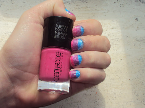 Ombre nail-art.