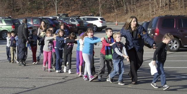 newtown conneticut, shooting at a primary school,breaking news