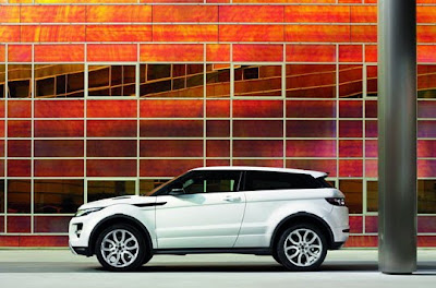 2011-Range-Rover-Evoque-AR8-City-Roader-Side-Angle-Picture