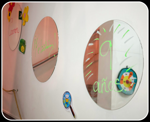 La decoración de cumpleaños en Camarote Bubbles