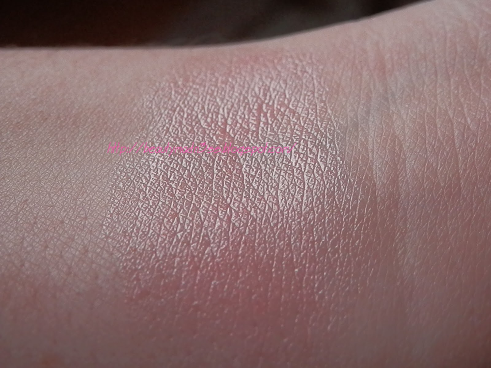 Revlon Lip Butter Sugar Frosting swatch