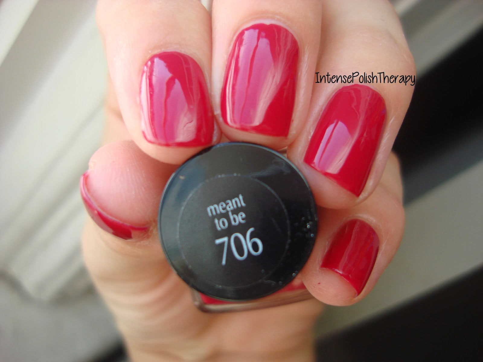 L'Oreal  Extraordinaire Gel Lacquer - 706 Meant To Be
