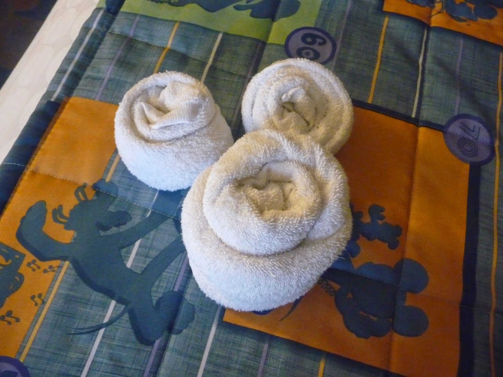 Staying on disney property gigglebox tells it like it is - Seven mistakes we make when using towels ...
