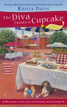 Giveaway: The Diva Frosts a Cupcake