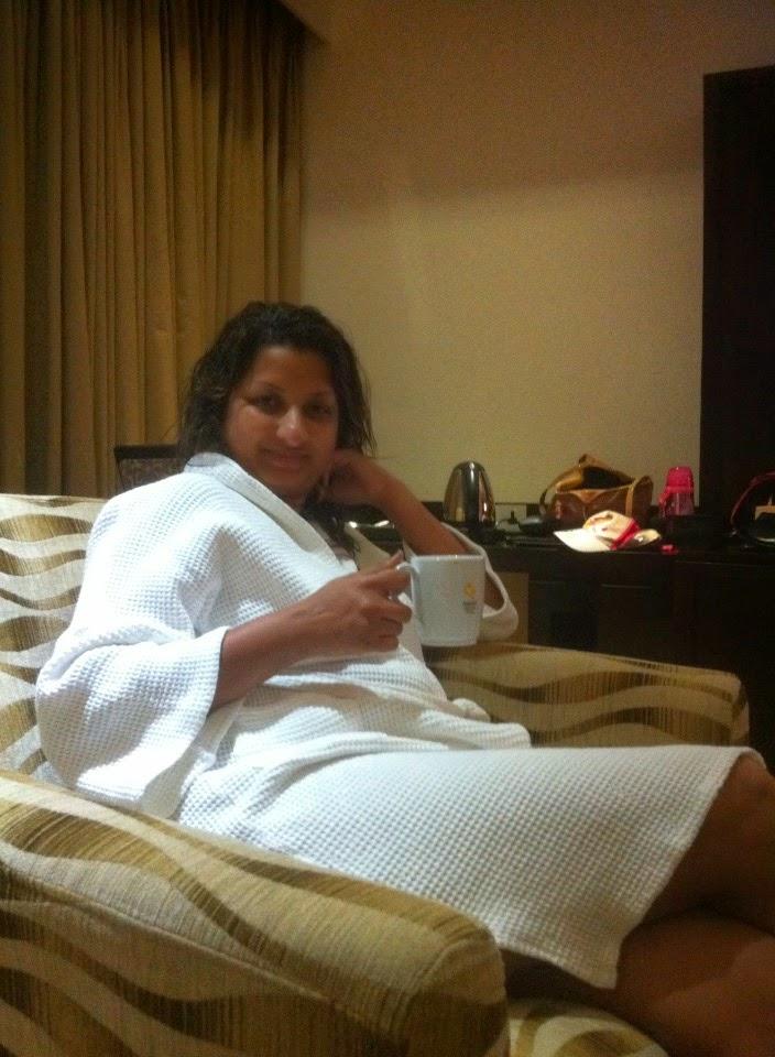 Vasana Danthanarayana legs hot