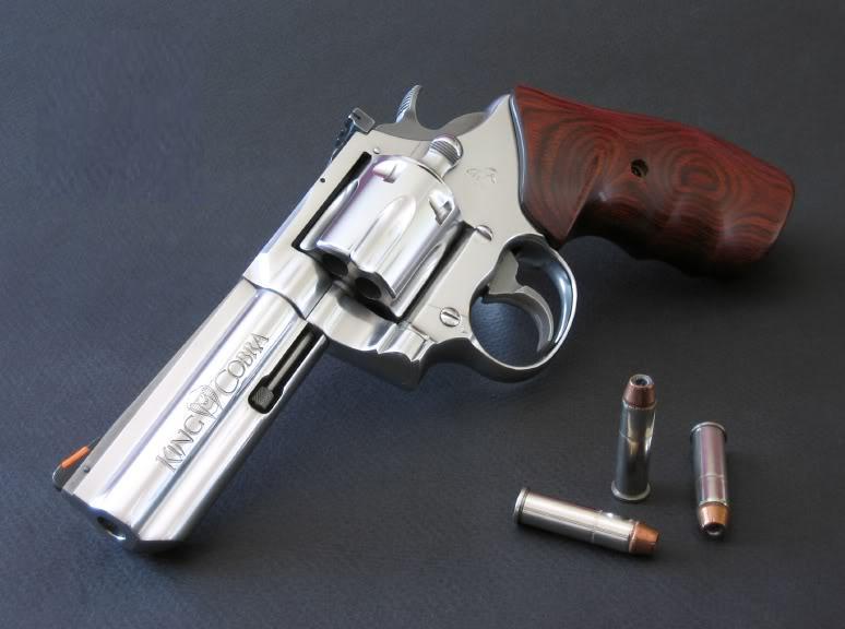 Wallpaper Hd Blog Revolver Colt King Cobra
