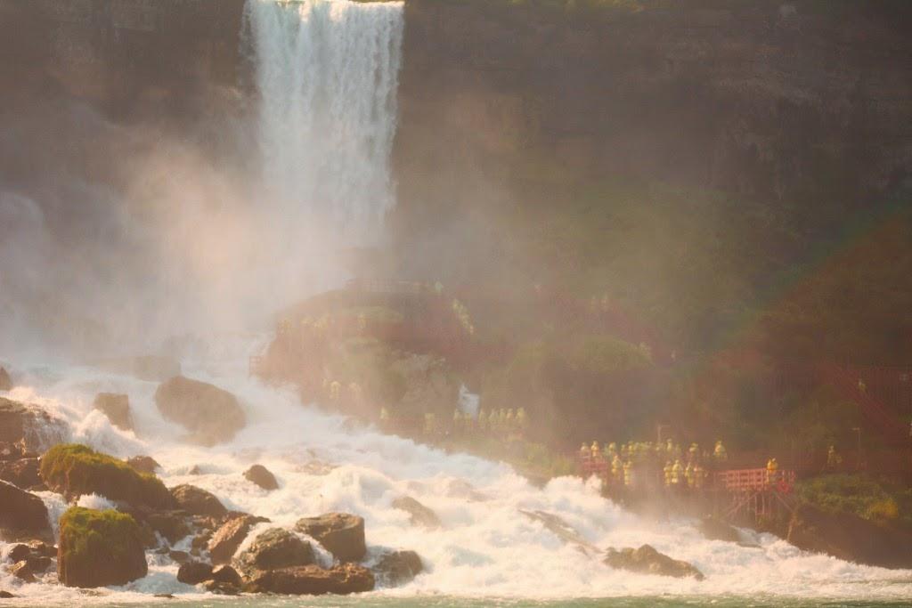 Niagara Falls, Buffalo, New York, Tanvii.com