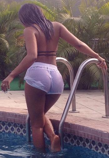 Freundliches big nude yansh ass