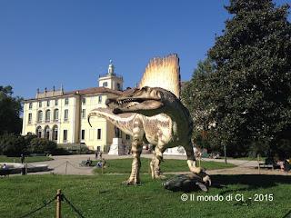 Spinosauro, gigante del cretaceo, Palazzo Dugnani, Milano