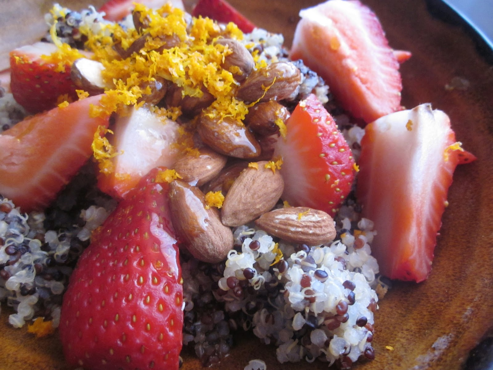 Chef Tess Bakeresse: Healthy Strawberry Almond Quinoa Breakfast Salad