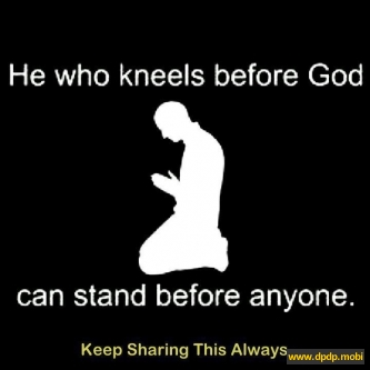 Gambar Tampilan di Bbm Blackberry_he who kneels before god can stand before anyone