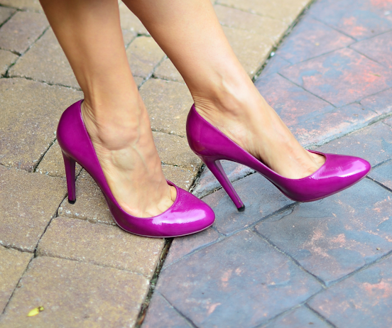Outfit with magenta shoes