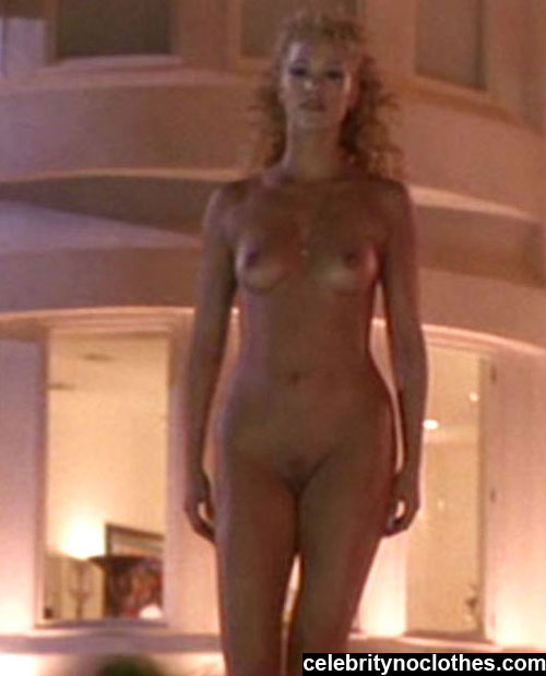 elizabeth berkley naked photos