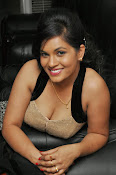 Revathi Chowdary hot photos-thumbnail-15