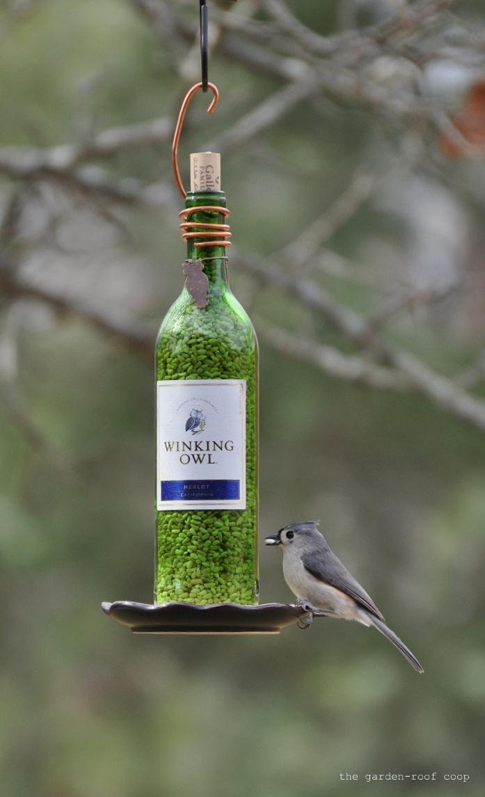 Rebecca 39 s bird gardens blog diy wine bottle bird feeders for How to make wine bottle crafts