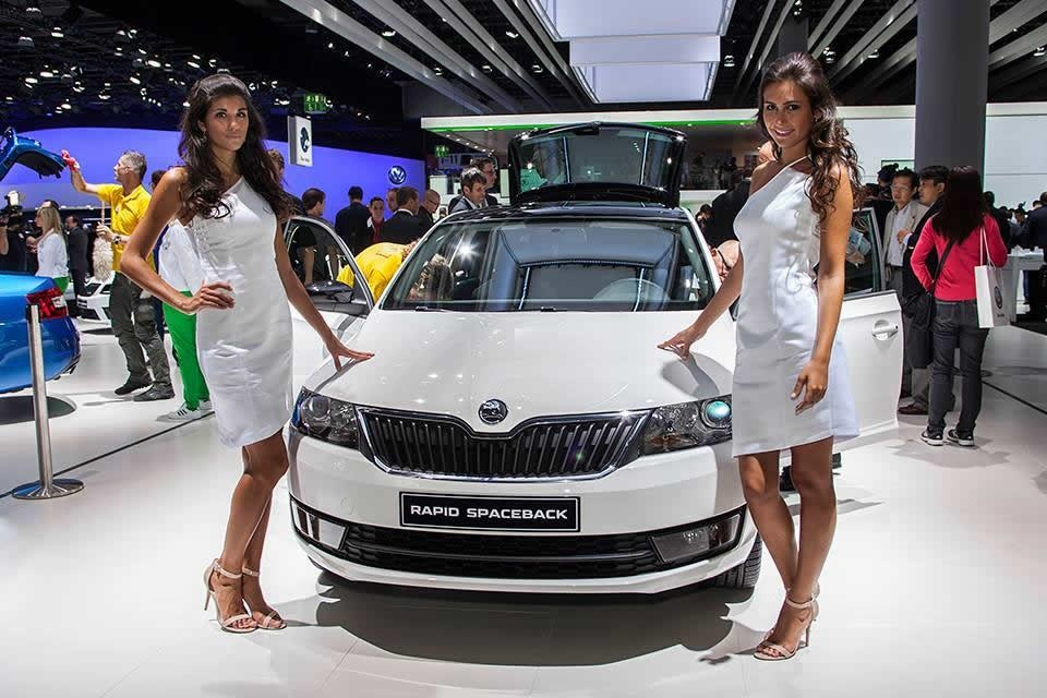 2013 skoda rapid spaceback makes public debut at iaa frankfurt. Black Bedroom Furniture Sets. Home Design Ideas