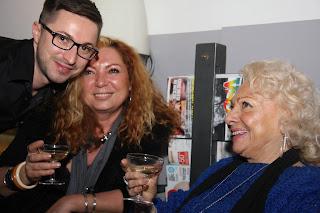 La doyenne de la soirée avec Hélène et Eddy.