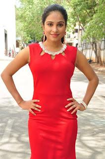Vrushali Gosavi Stills At Vaadu Nenu Kadhu Movie Launch 11.jpg