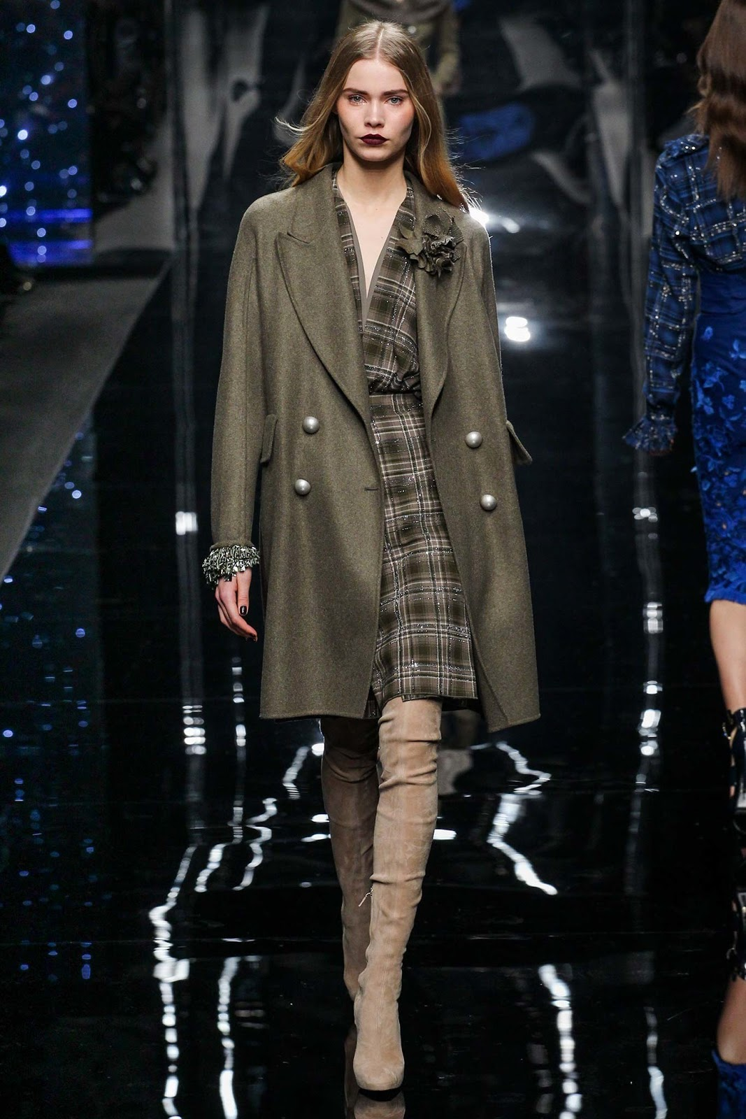 Over the knee boots on Fall/Winter 2015 runway at Ermanno Scervino via www.fashionedbylove.co.uk