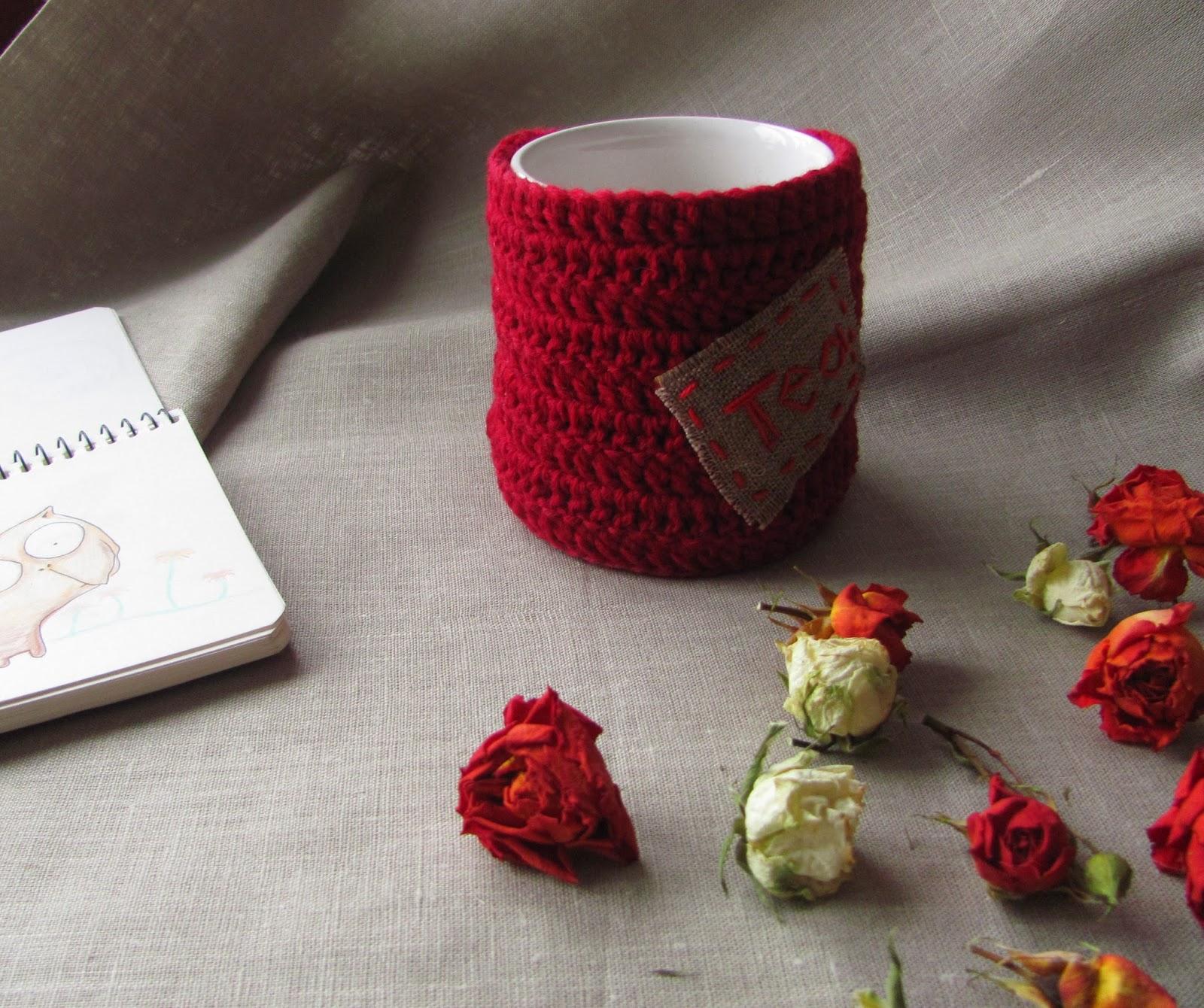 чехол для чашки, одежда для чашки, для кухни, для дома для уюта, одежда для кружек, чехол для кружки, чехлы для кружек, кружки теплушки, одежка для кружек, прикольный подарок, подарок с юмором, недорогой сувенир, настроение своими руками, грелка для чашки, тулуп для чашки