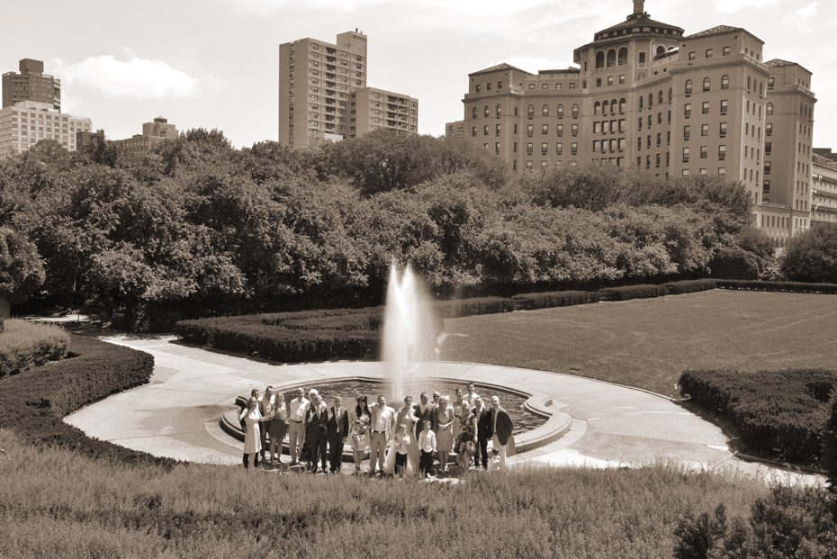 Group shot all guests at Conservatory Garden Fountain