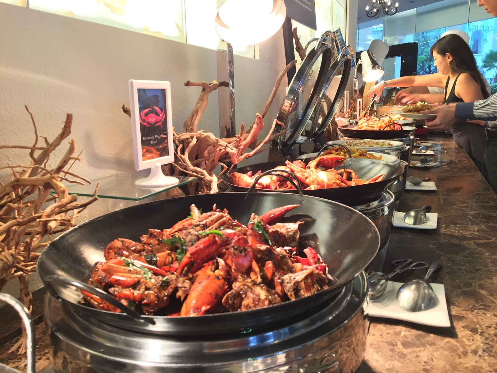 Brizo Restaurant & Bar - Crab Buffet