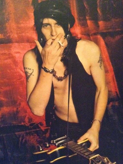 [Articulo] La insoportable levedad de Izzy Stradlin: expulsión de Guns N' Roses y los Ju Ju Hounds Tumblr_mzledlXvgN1sk94soo1_500