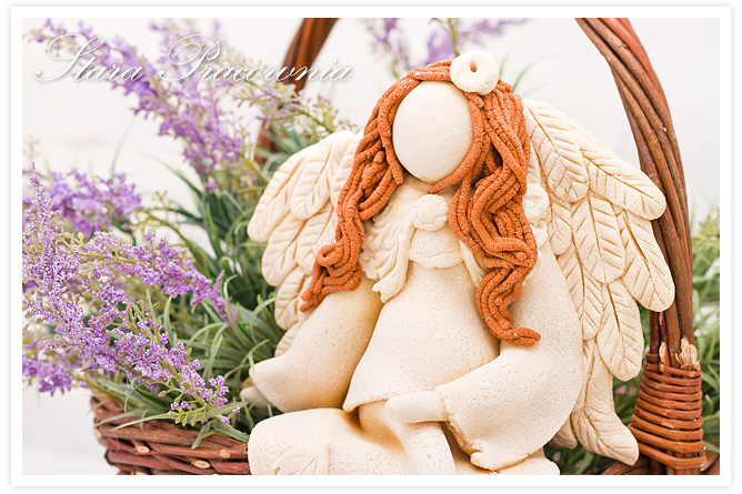 salt dough angels,, salt dough angel, salt dough, siedzące figurki z masy solnej