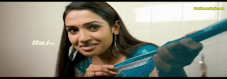 vidya valli serial actress hot saree strip