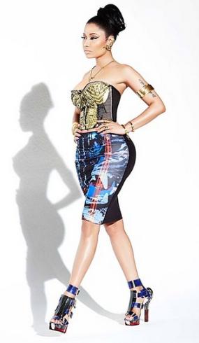 Nicki Minaj releases new photos, looks good in clothes