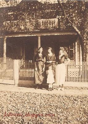 Leota Sullivan, Pearl Sullivan Strole, Maxine Strole, Floral Sullivan