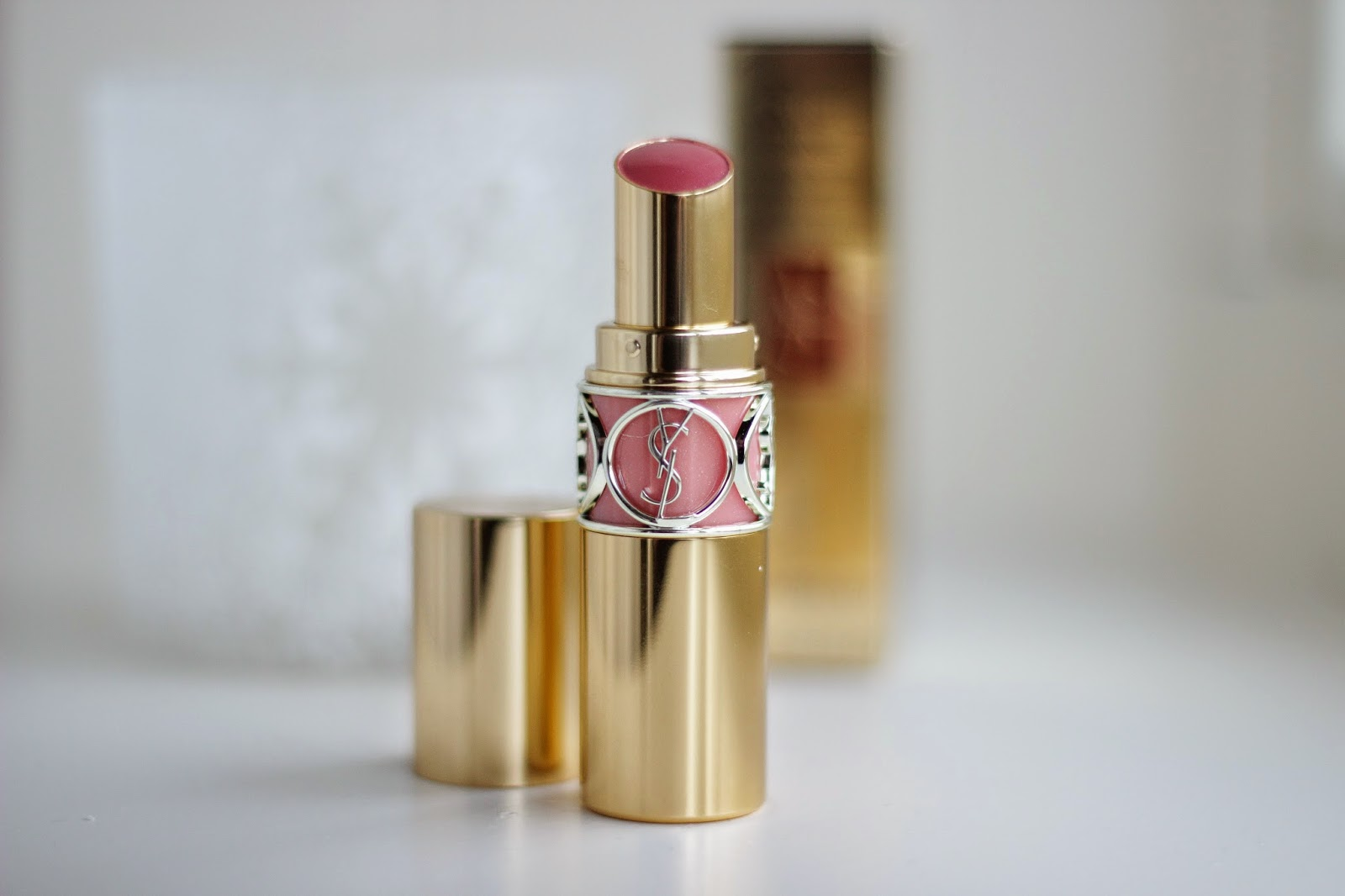 YSL Rouge Volupté Shine 8 Pink in confidence