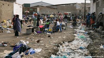 Há sete anos, vítimas de desalojamentos forçados vivem ao relento em Angola
