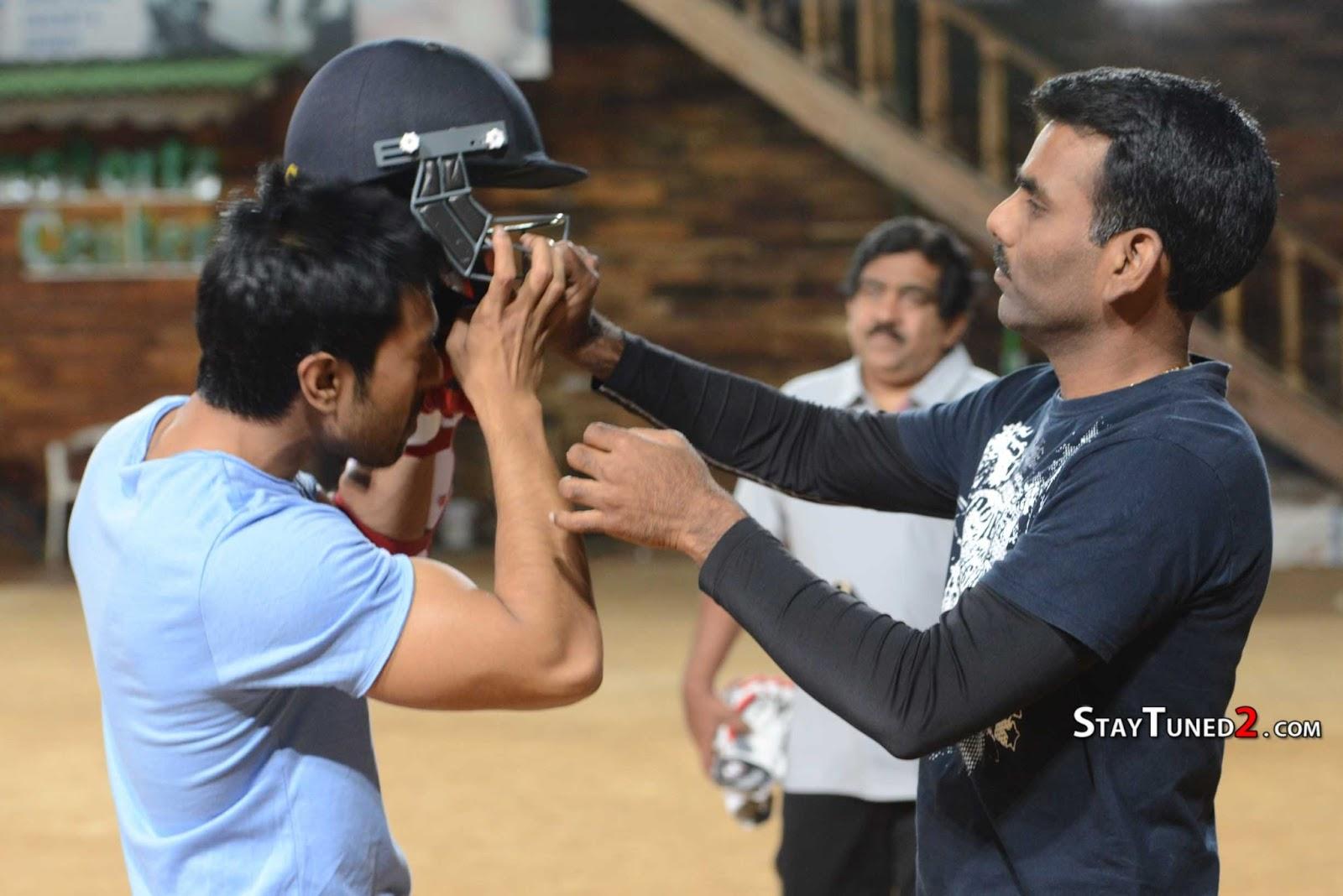 http://4.bp.blogspot.com/-2-_W4wOhHwg/URNNN2FHHKI/AAAAAAAAFQE/fEOb1a-iSCY/s1600/Telugu-Warriors-Practicing-For-CCL-3-At-In-Sportz-Stadium-18.jpg