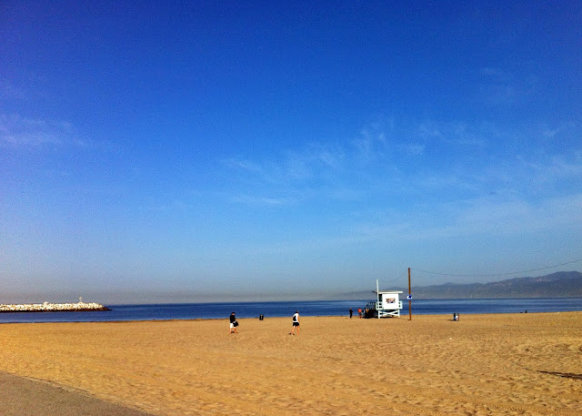 Beautiful day at the beach in Marina Del Rey, CA photo by Alex for viaoptimae.com