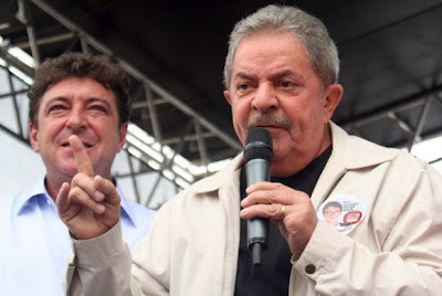Luiz Inácio Lula da Silva - Um Asno