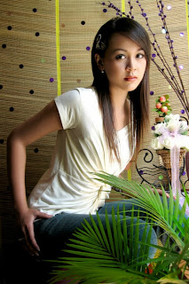 Pretty Model Nan Thu Zar