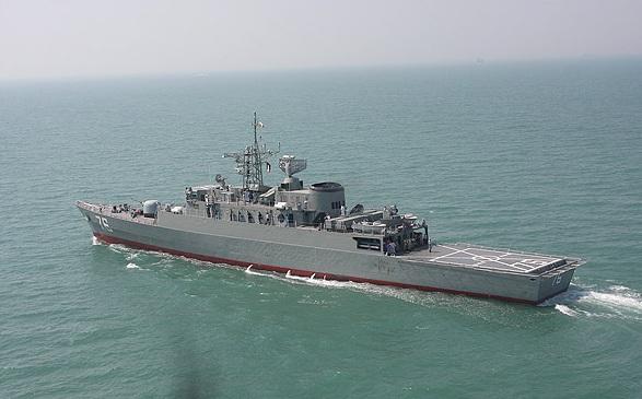 la proxima guerra buque de guerra iran transporte helicopteros misiles gaza