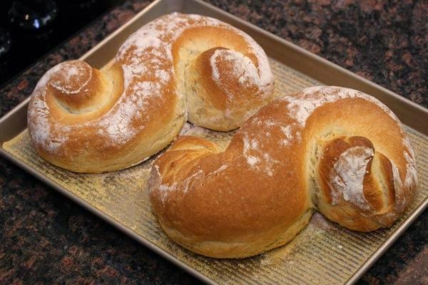Baked Scroll Bread