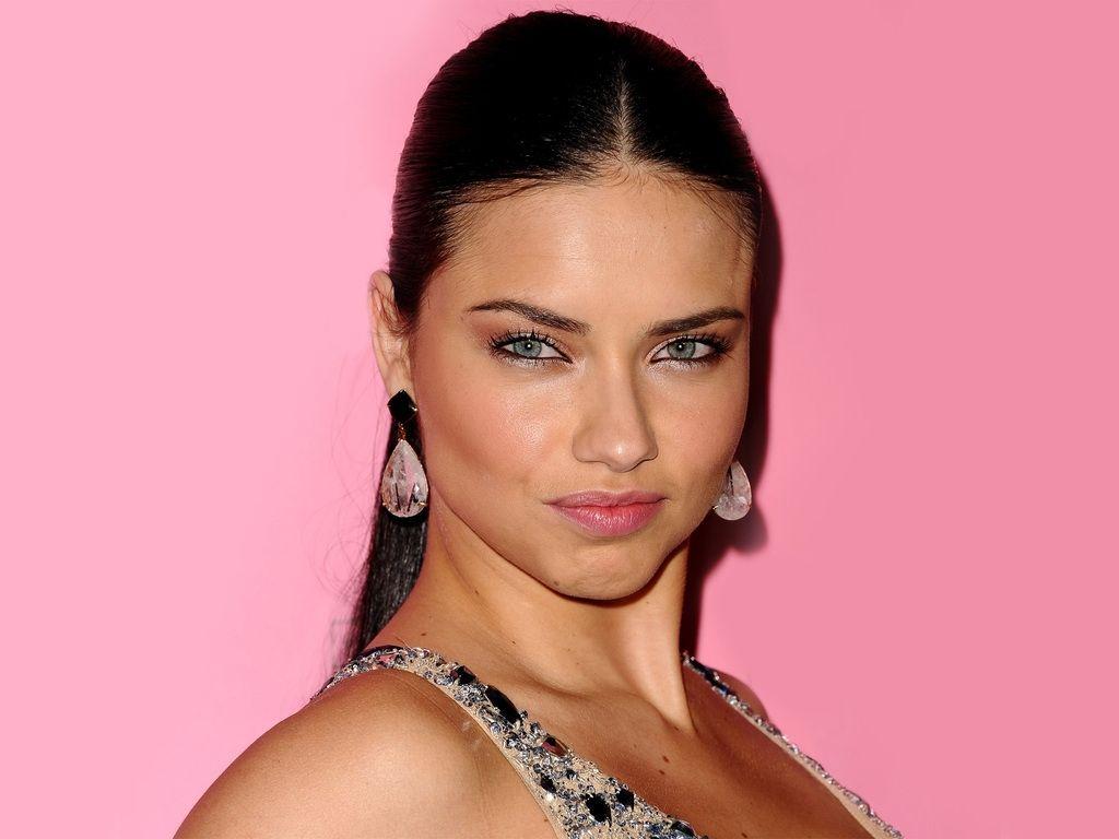 Adriana Lima Eyes
