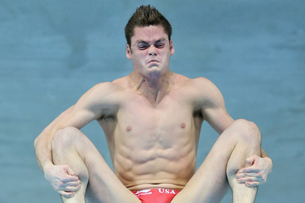 Foto Face Fun http://www.theboringrunner.com/2012/08/funny-foto-friday-olympic-diver-faces.html