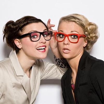 هل انتى طموحة أم سلبية؟ .. اختبري نفسك,بنات فتيات نساء اصدقاء ترتدى نظارات نظارة,women girls wear glasses